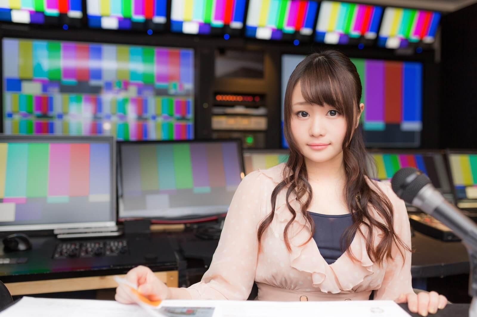 テレビキャスター